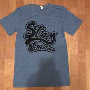 New Stay Creative graphic tshirt size Small